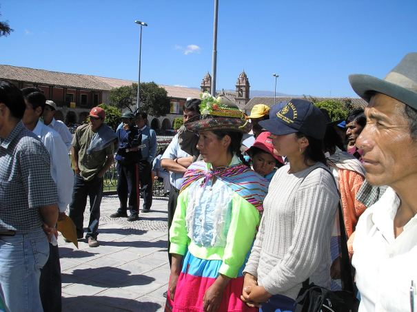 manifestacion-en-huamanga-27may06